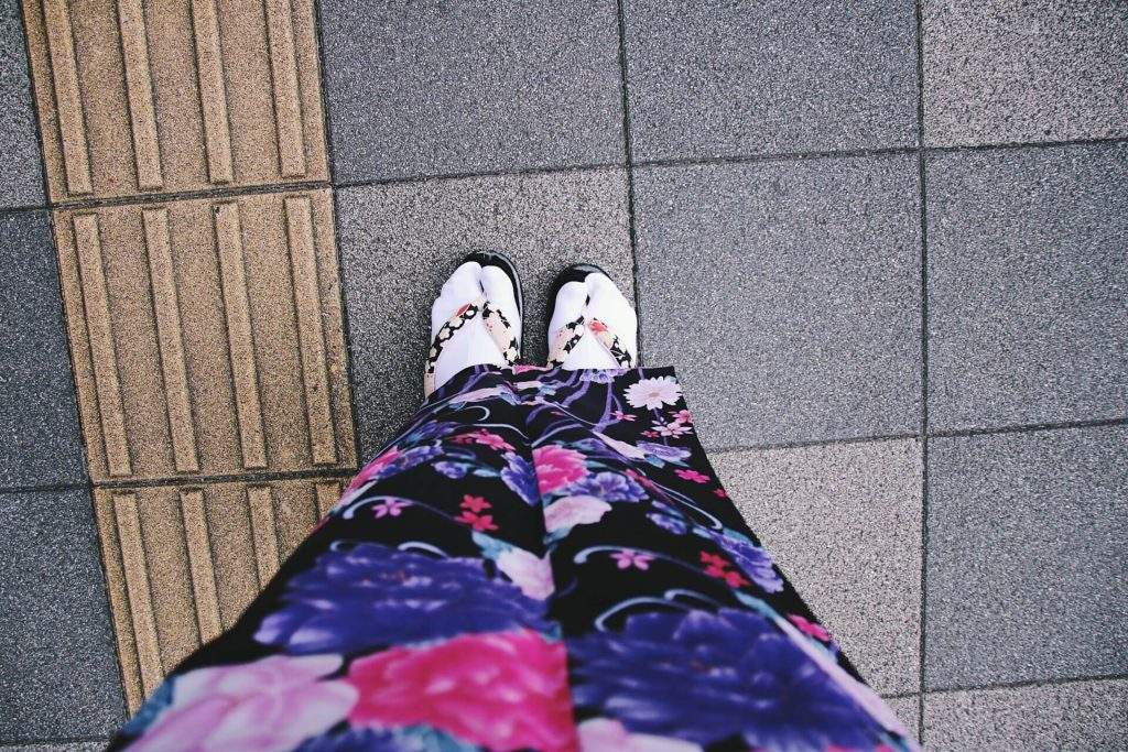kimono sandals and socks, hiring kimono when in Japan