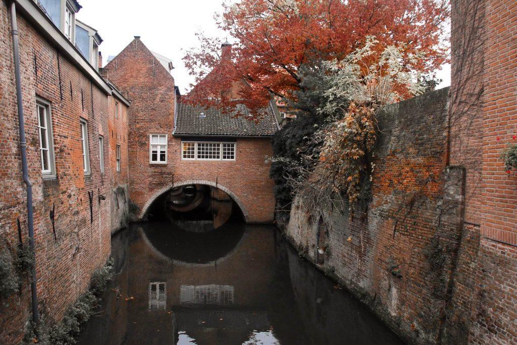 den bosch canals netherlands