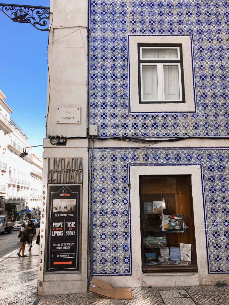 lisbon tile houses