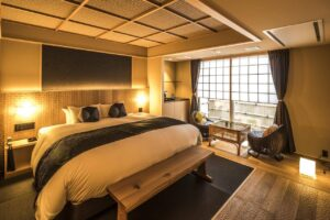 where to stay in arashiyama